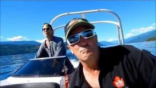Boating Shuswap Lake with Moe's Rentals in Sicamous, BC