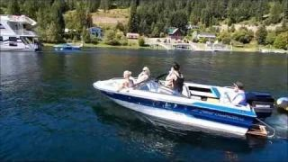Boating Shuswap Lake in Sicamous, BC with Moe's Rentals
