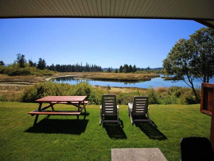 Campbell River campground - cottages