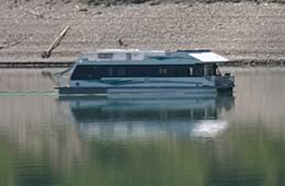 Shuswap Houseboat