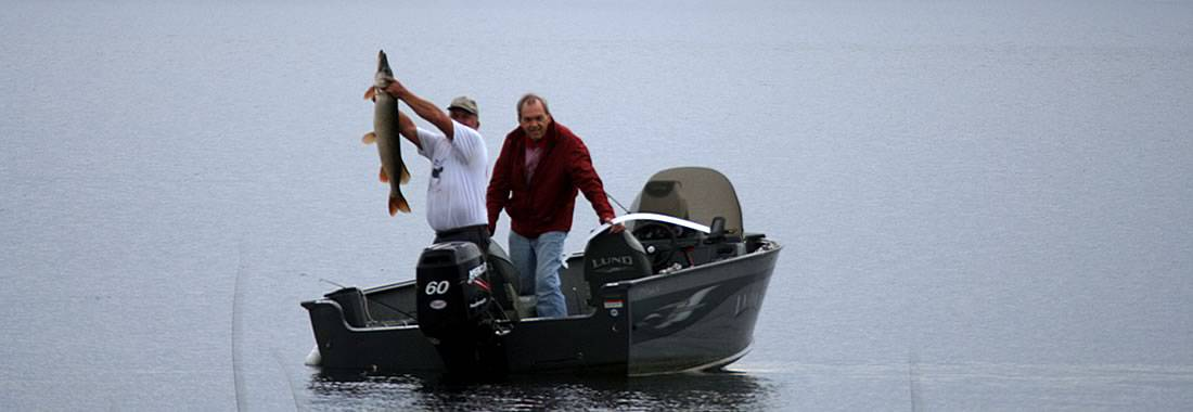 Sport fishing guides in Northwest Territories - eh Canada Travel