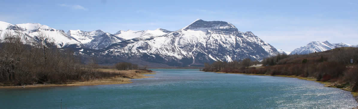waterton lakes travel