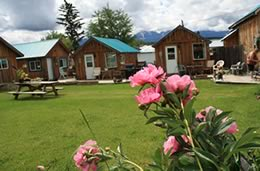 Resorts, Ranches & Retreats