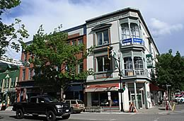 Book a Canada Hotels or Motel in Canada.